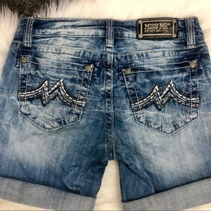 Miss Me Denim Boyfriend Shorts - Sz 29